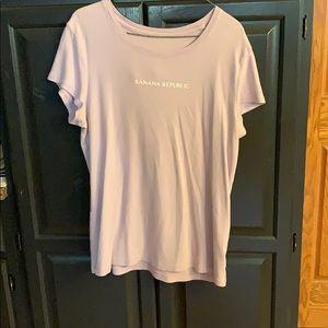 Women's Banana Republic pale purple T-shirt sz XL